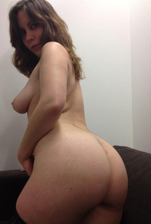 Nora regresa para una impresionante webcam vr 4
